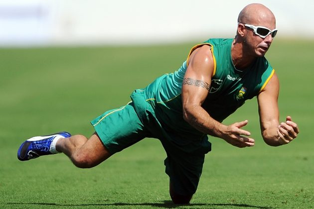 Gibbs yearns to play CWC 2011 - Cricket News