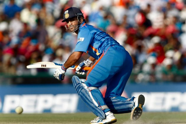 Dhoni wants batsmen to step up for CWC 2011