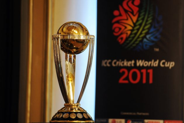Steyn and Morkel dive with CWC trophy - Cricket News