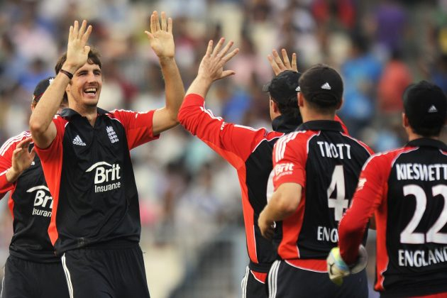England keeps CWC hopes alive - Cricket News