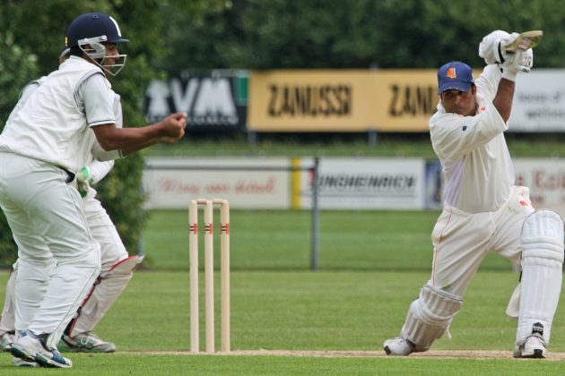 Debut ton anchors Netherlands' 308