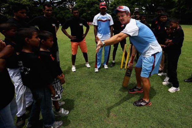 Radford urges team to stay calm - Cricket News