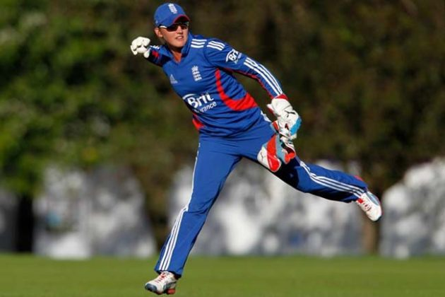 Sarah Taylor wins ICC Women's T20I Cricketer of the Year 2012 - Cricket News