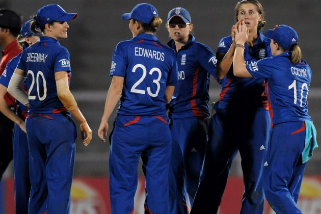 England beats New Zealand in Twenty20 Tri-series - Cricket News