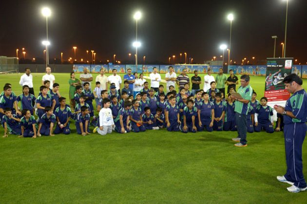 ICC WT20Q UAE 2013 trophy enchants young cricketers - Cricket News