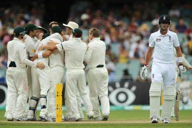 Australia closes in on 2-0 lead - Cricket News