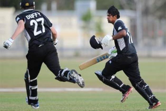 Last over heroics earn New Zealand semi-final spot - Cricket News