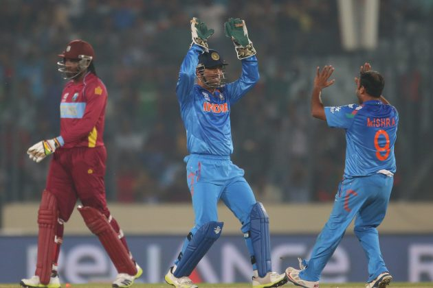 Dhoni all praise for Mishra, Bhuvneshwar - Cricket News
