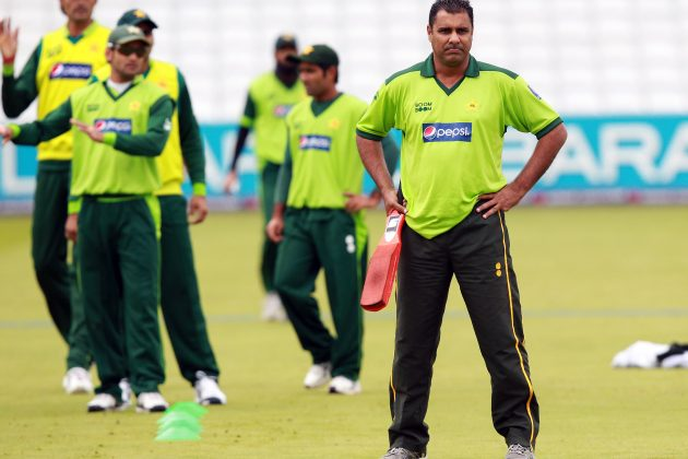 Waqar returns as Pakistan coach