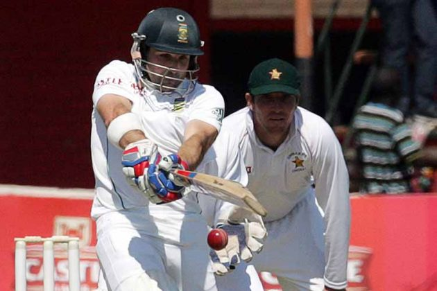 South Africa's Dean Elgar reprimanded for Level 1 offence - Cricket News