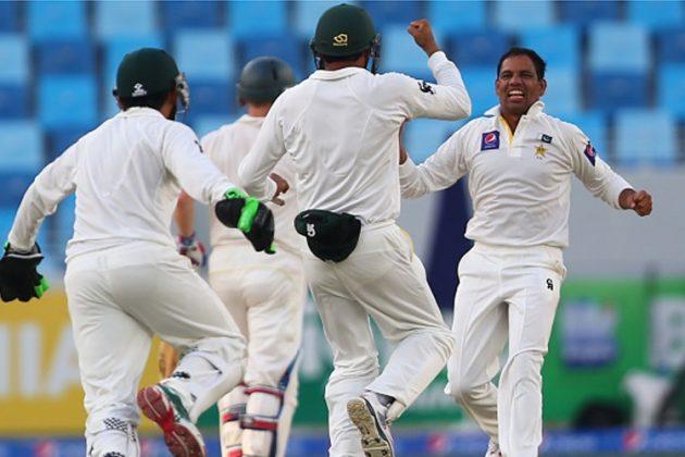 Pakistan spinners trouble Australia - Cricket News