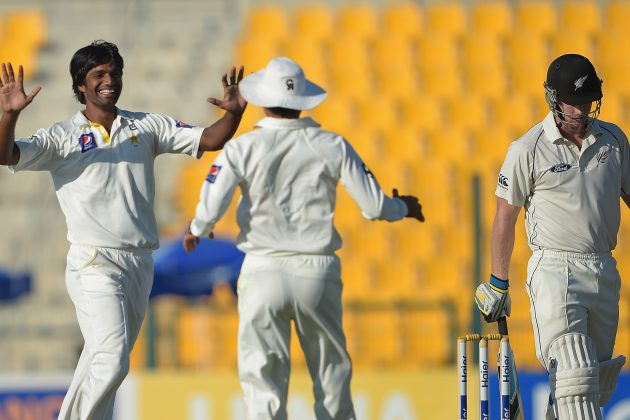 Pakistan two wickets away from 1-0 lead - Cricket News