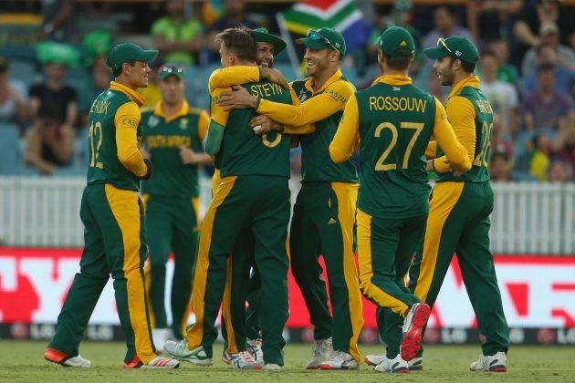 Amla, du Plessis sparkle in big win - Cricket News