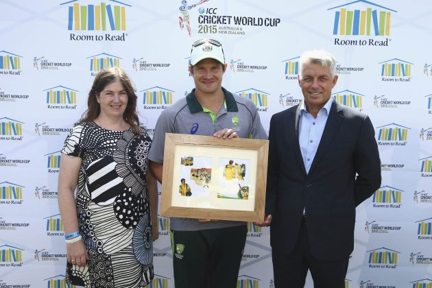 Shane Watson inspires kids to 'Dream Big' at ICC / Room to Read book launch