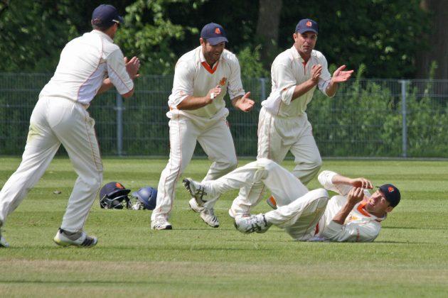 All-round van der Gugten drives Netherlands - Cricket News