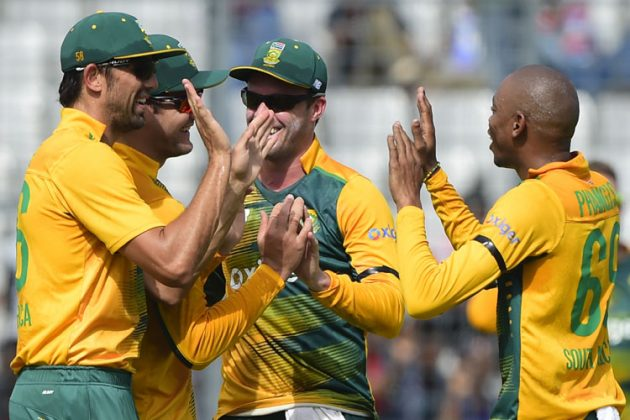 Leie, Phangiso spin South Africa home - Cricket News