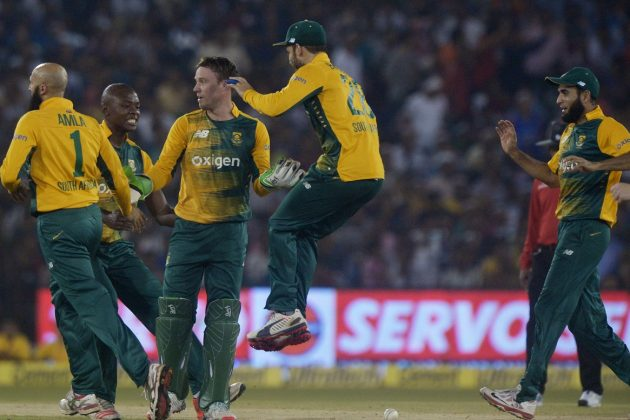 Bowlers set up South Africa's series-clinching win - Cricket News