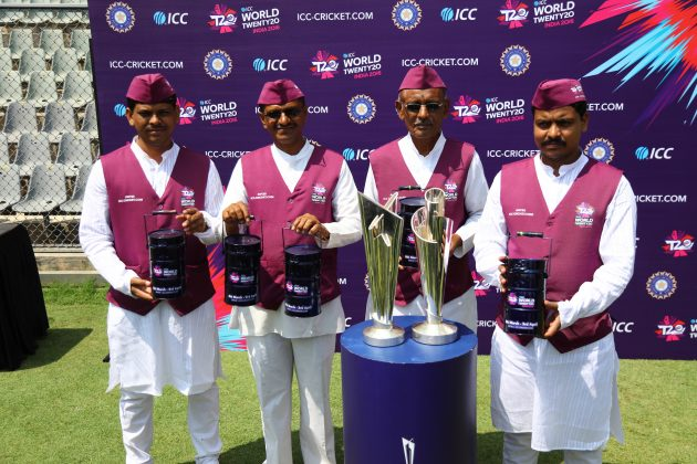 Lunch served with a slice of cricket as Mumbai's Dabbawalas get into ICC World T20 mode - Cricket News