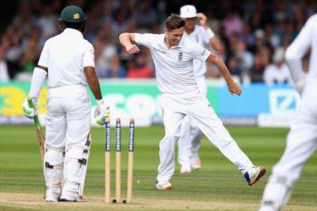 Woakes the hero even as Pakistan stretches lead - Cricket News