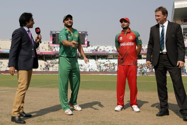 Mashrafe Mortaza and Shahid Afridi during the toss of the Super 10 clash between Bangladesh and Pakistan