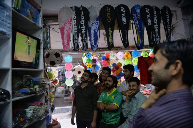 Fans in Rawalpindi enjoy Shahid Afridi's amazing #WT20 innings for Pakistan.