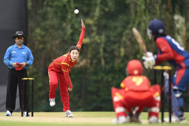 China's Yingying Li produced the best bowling performance of the tournament to date when she returned figures of five for 12.